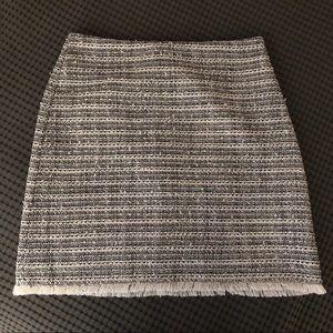 LOFT Tweed w Fringe Detail Skirt Size 8P